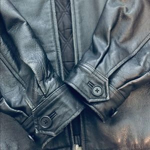 ❗️Pre-owned Leather Jacket by Gap